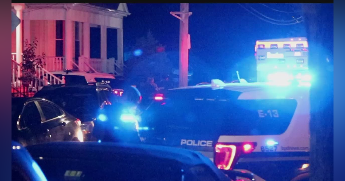 Man Prompts Hourslong Standoff After Allegedly Threatening